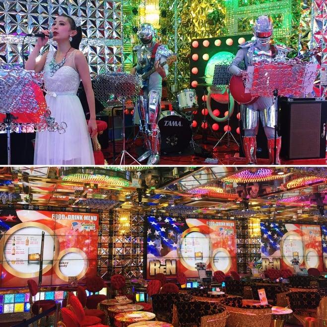Muslim-travel-Tokyo-Robot-Restaurant-Decor.jpg