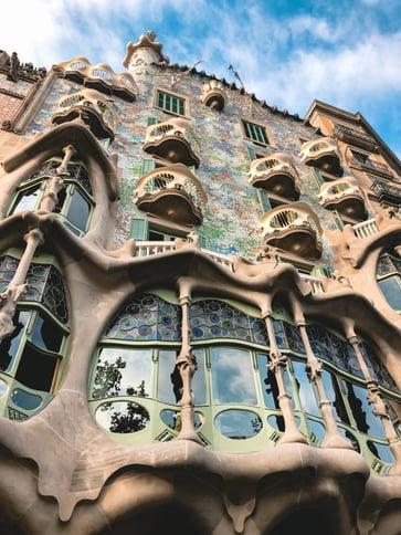 Casa Batllo facade architecture skeletal balconies