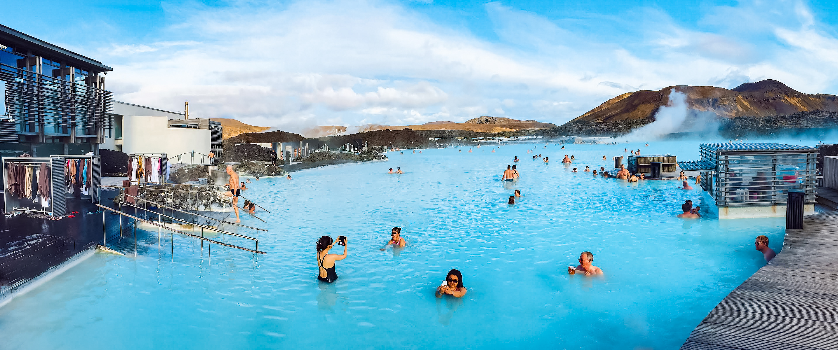 Best-halal-travel-blogger-Iceland-guide-Blue-Lagoon