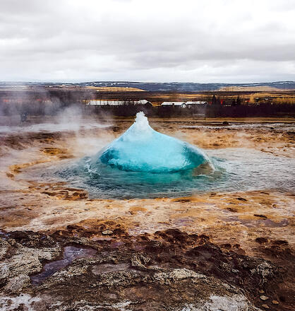 Muslim-travel-blog-Iceland-Golden-Circle-geyser