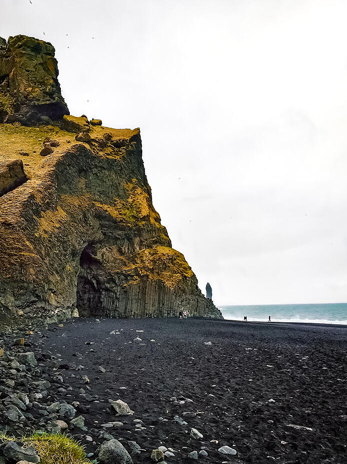 Muslim-travel-blog-Iceland-black-sand-beach
