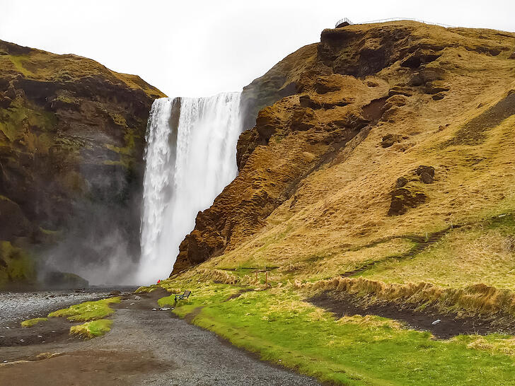 Muslim-travel-guide-Iceland-Skogafoss-waterfall