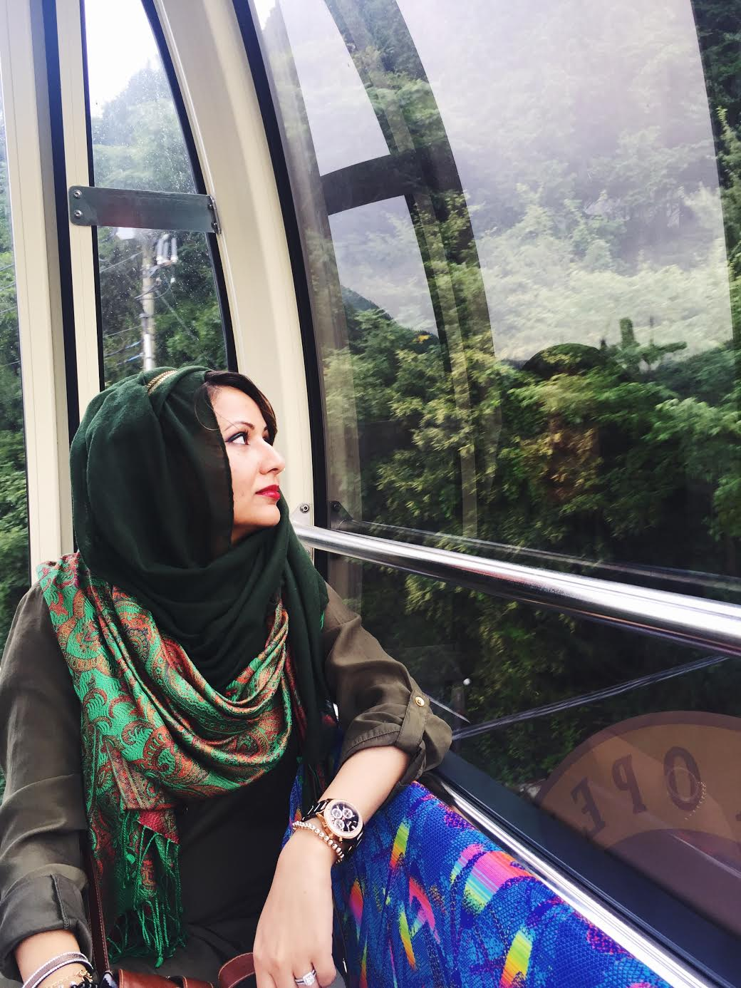 Muslim-travel-Hakone-Ropeway-inside-gondola.jpg