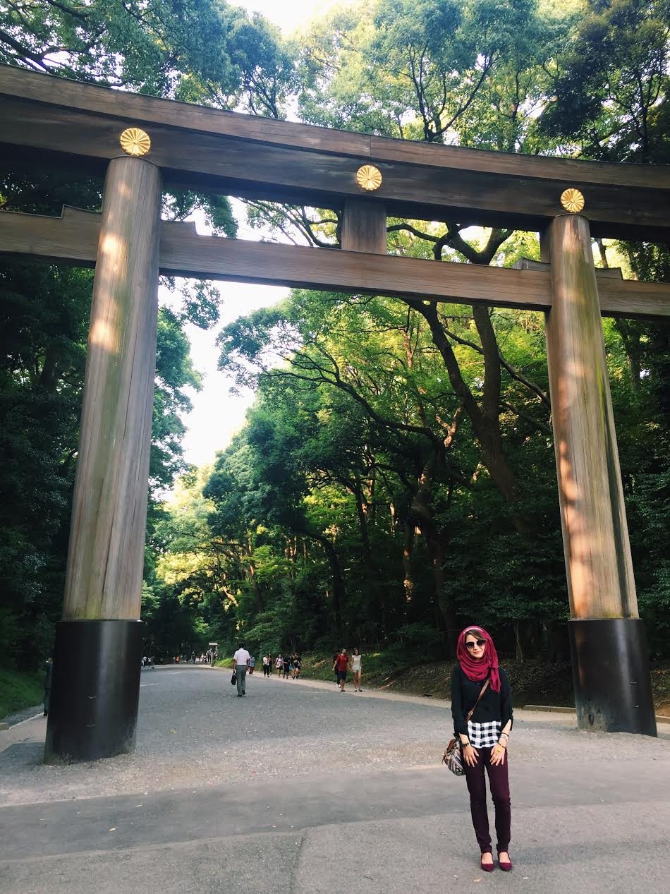Muslim-travel-Tokyo-Meiji-Shrine-Gate2.jpg