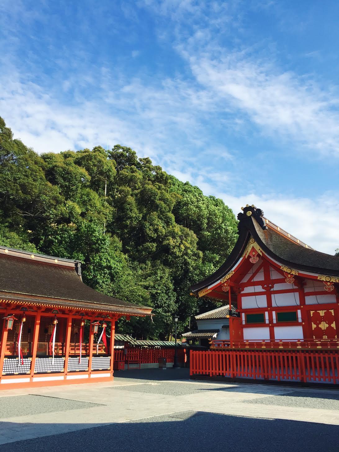 Muslim-travel-recommendations-Kyoto-Fushimi-Inari-Shrine.jpg