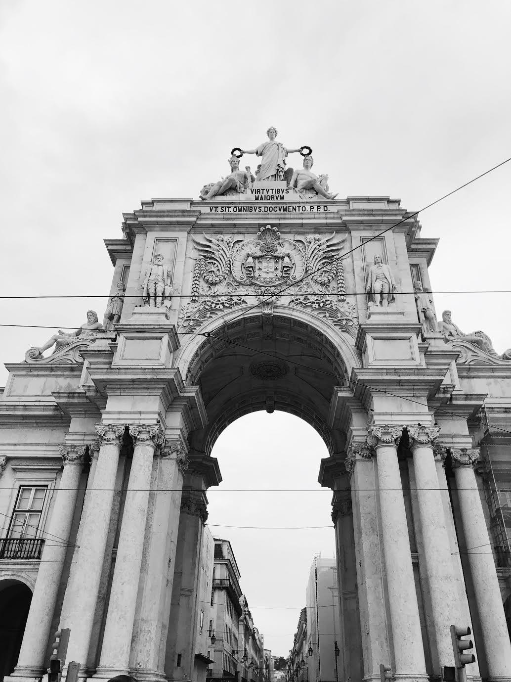 Muslim-travel-guide-Lisbon-Rua-Augusta-Arch