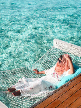 Hijabi-blogger-Muslim-travel-guide-Maldives