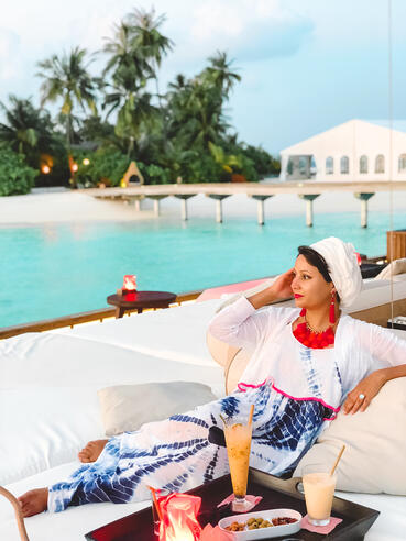 Hijabi-travel-blogger-Muslim-Maldives-guide