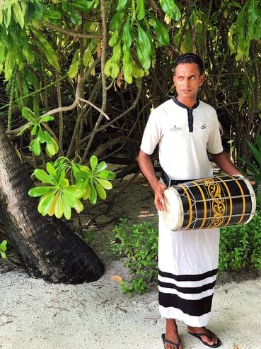Muslim-travel-blog-Maldives-guide-Anantara-resort-welcome