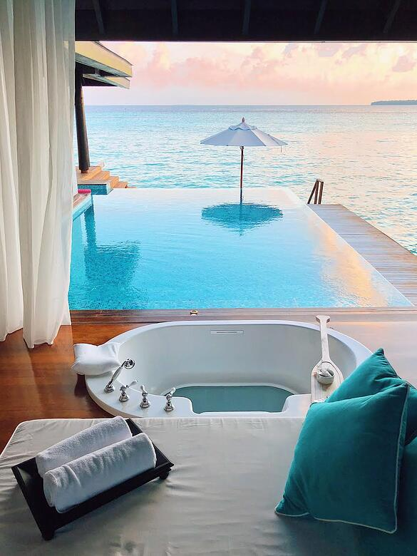 Muslim-travel-blog-Maldives-travel-guide-best-resort-to-stay