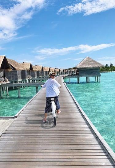 Muslim-travel-blog-guide-Maldives-tips-island-biking