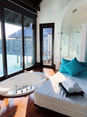 Muslim-travel-guide-Maldives-blog-tips-best-resort