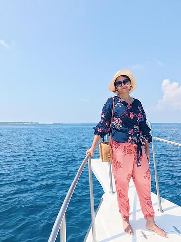 Muslim-travel-guide-Maldives-things-to-do-dolphin-watching