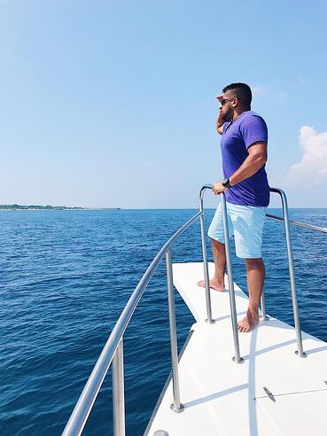 Muslin-travel-blog-tips-Maldives-things-to-do-dolphin-watching
