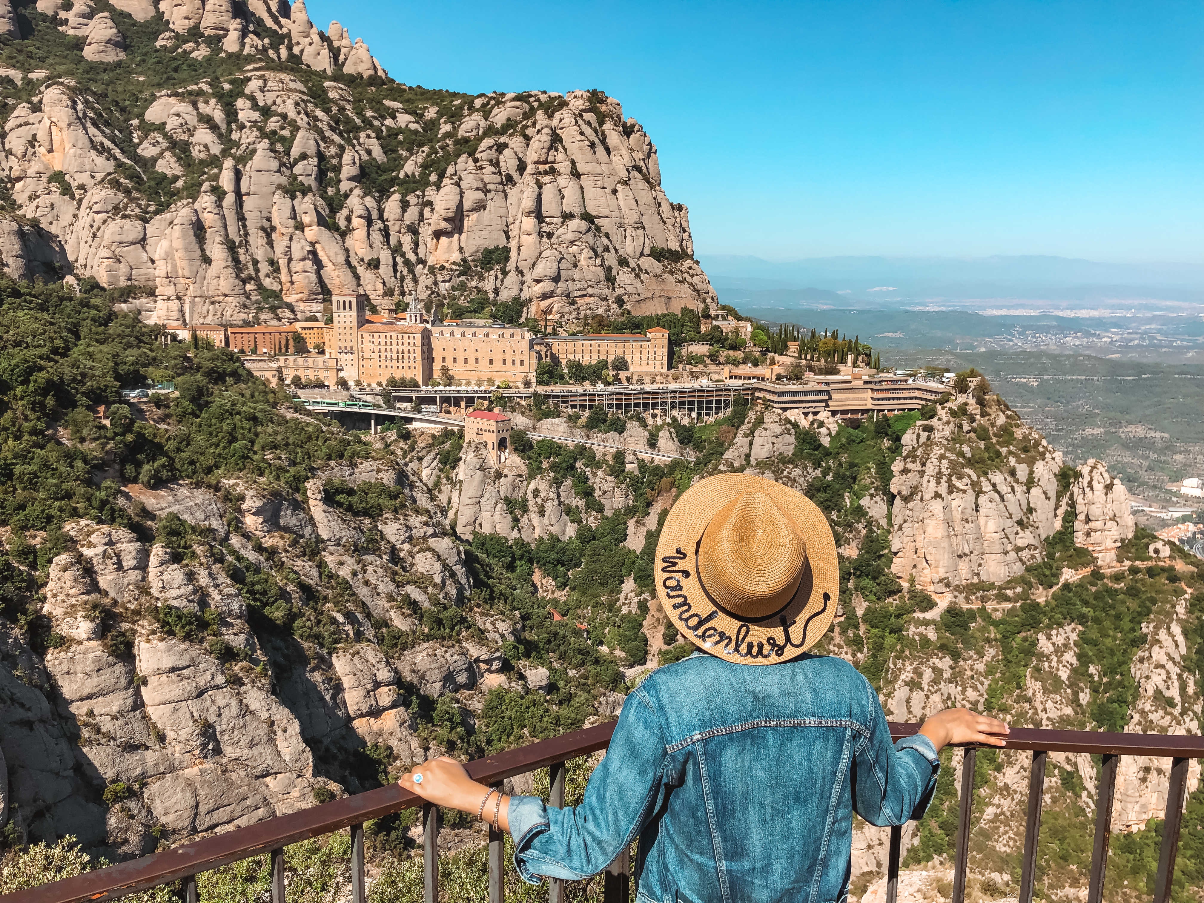 Muslim blogger looking at monastery on Montserrat mountain
