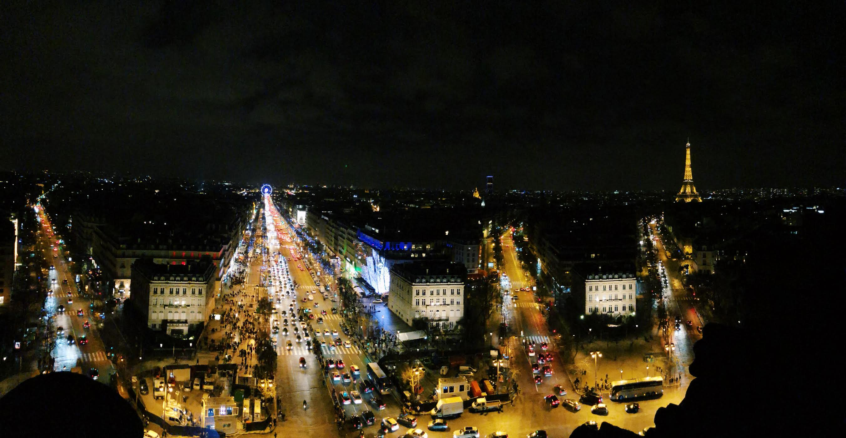 Muslim-travel-guide-Paris-Arc-de-Triomphe-view.jpg