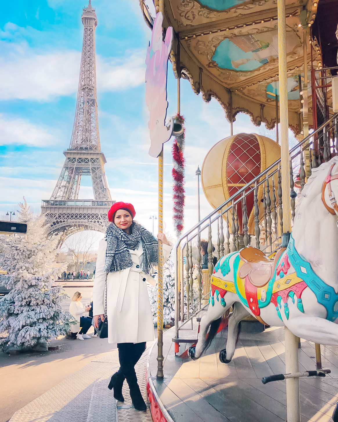 Muslim-travel-guide-Paris-Eiffel-Tower-carousel.jpg