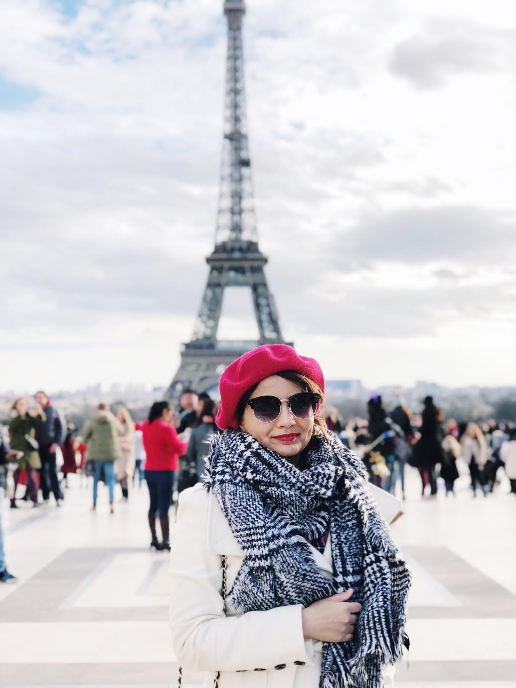 Muslim-travel-guide-Paris-Eiffel-Tower-portrait-location.jpg