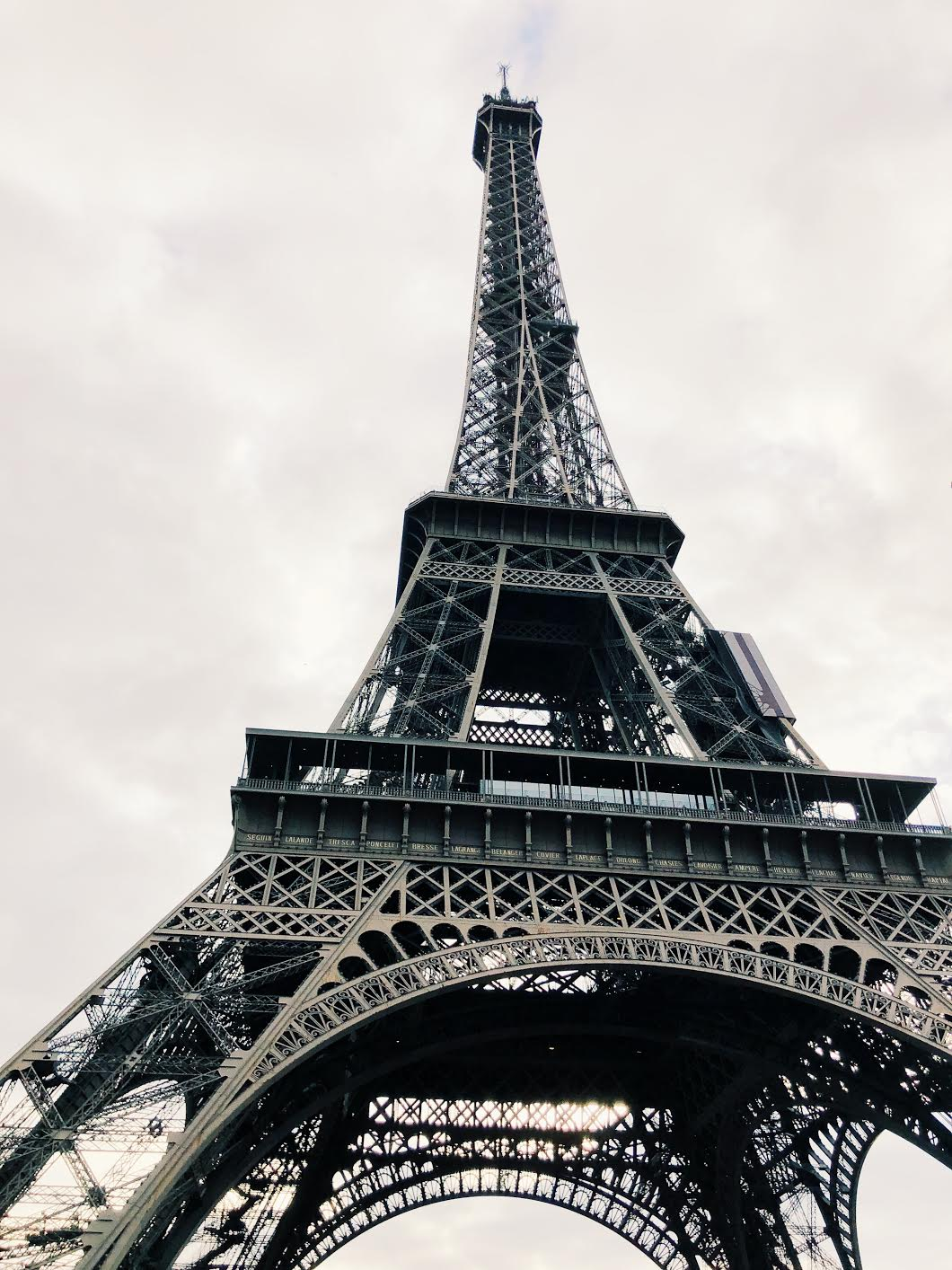 Muslim-travel-guide-Paris-Eiffel-Tower.jpg