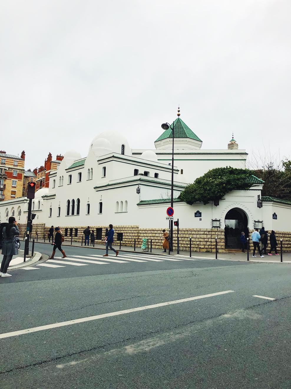 Muslim-travel-guide-Paris-Grand-Mosque-of-Paris.jpg