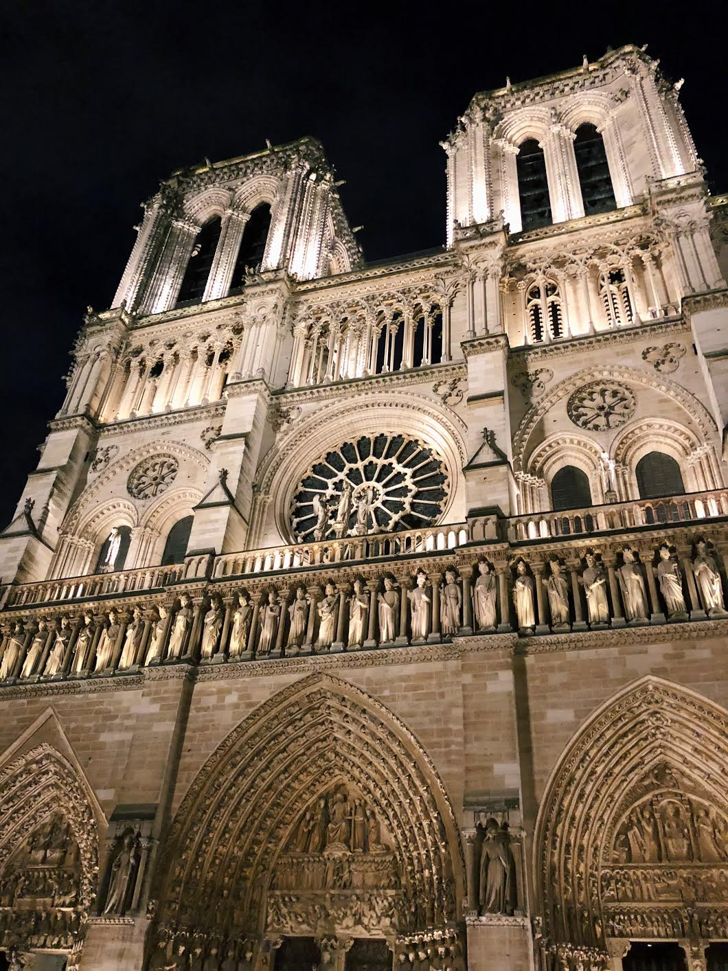 Muslim-travel-guide-Paris-Notre-Dame-Cathedral-exterior.jpg
