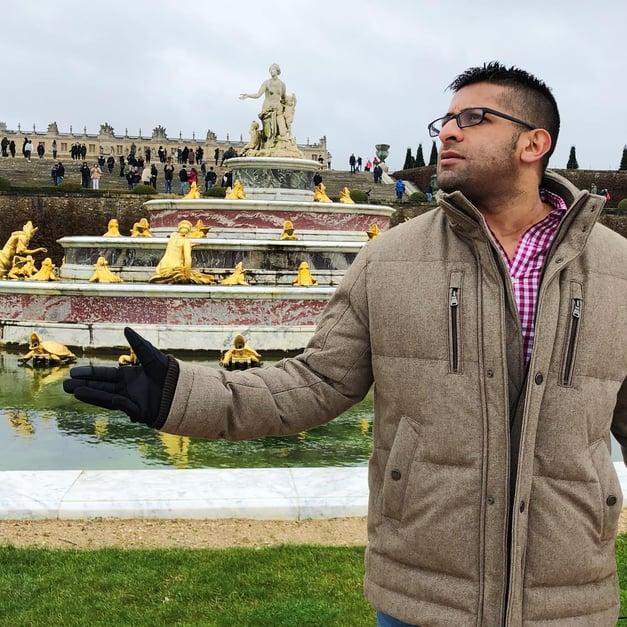 Muslim-travel-guide-Paris-Palace-of-Versailles-fountain.jpg