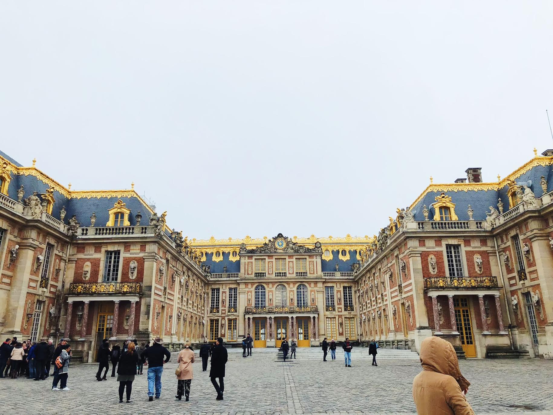 Muslim-travel-guide-Paris-Palace-of-Versailles.jpg