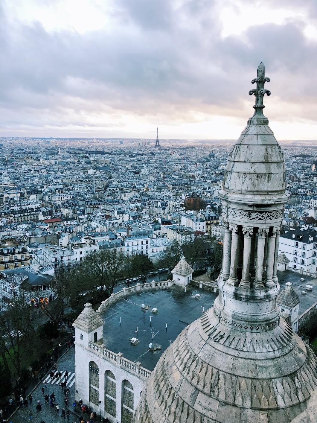 Muslim-travel-guide-Paris-Sacre-Coeur-view.jpg