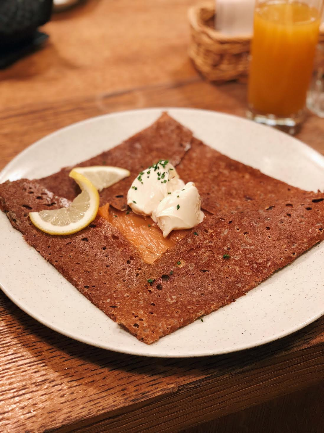 Muslim-travel-guide-Paris-authentic-crepes.jpg