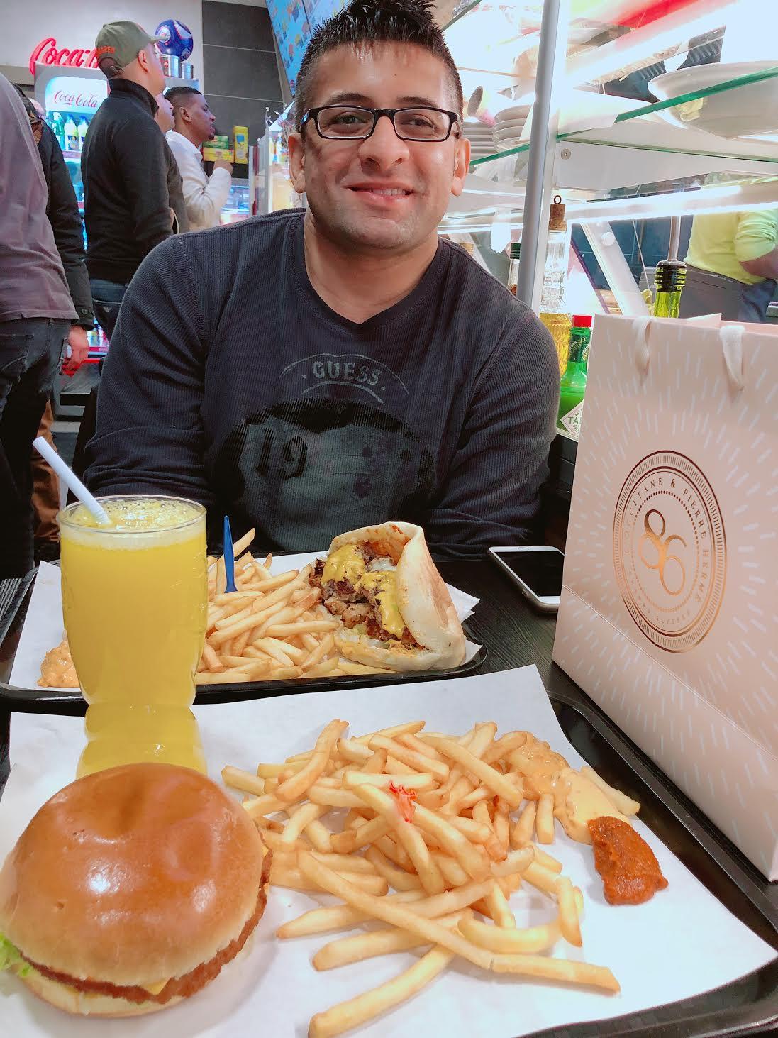 Muslim-travel-guide-Paris-halal-food.jpg