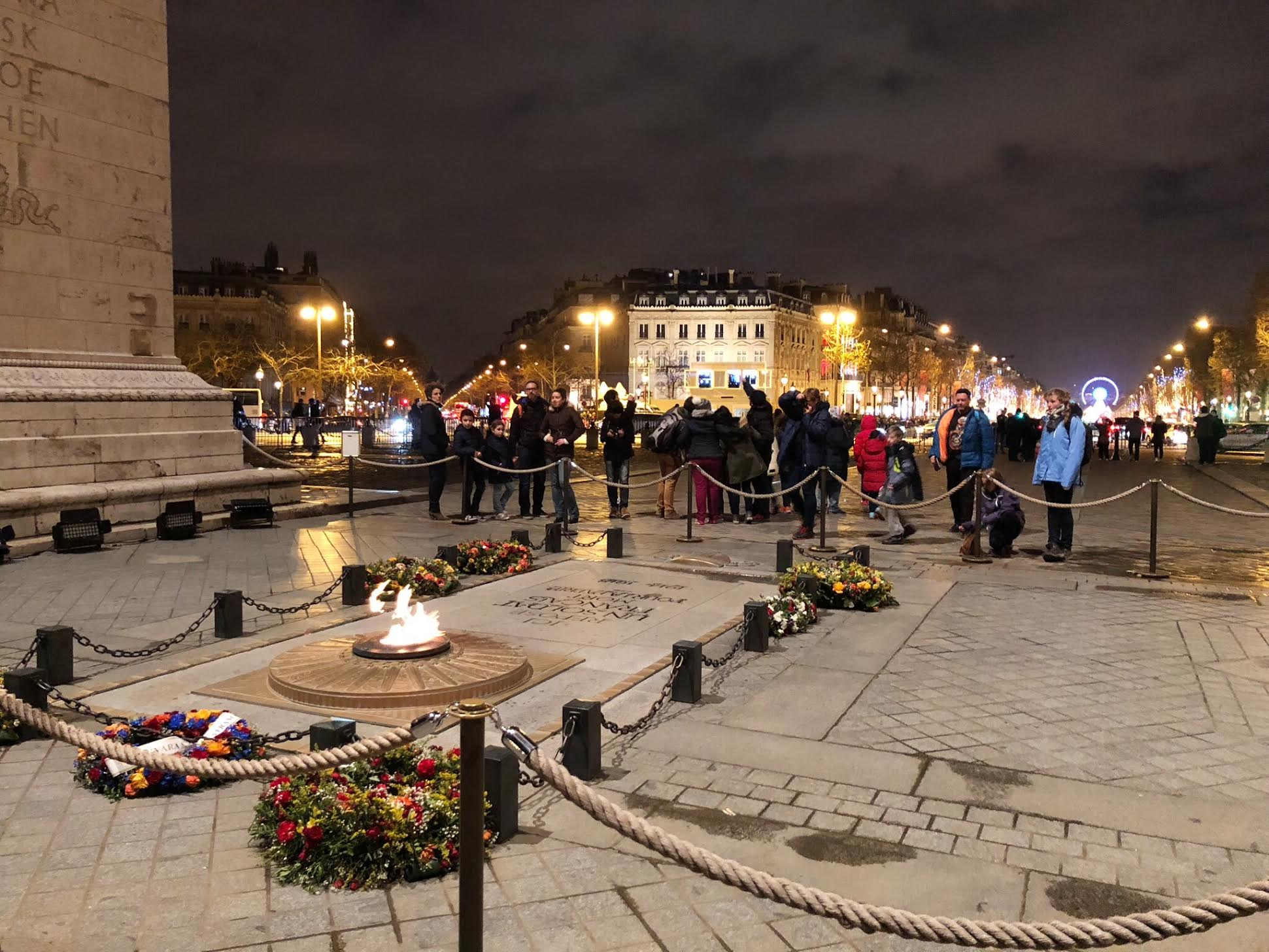 Muslim-travel-guide-Paris-tomb-of-the-unknown-soldier.jpg