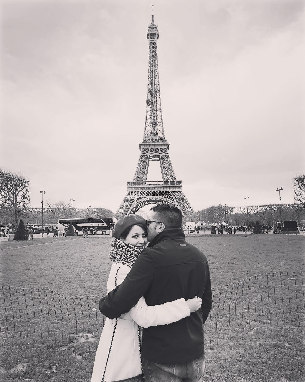 Muslim-travel-tips-romance-Eiffel-Tower.jpg