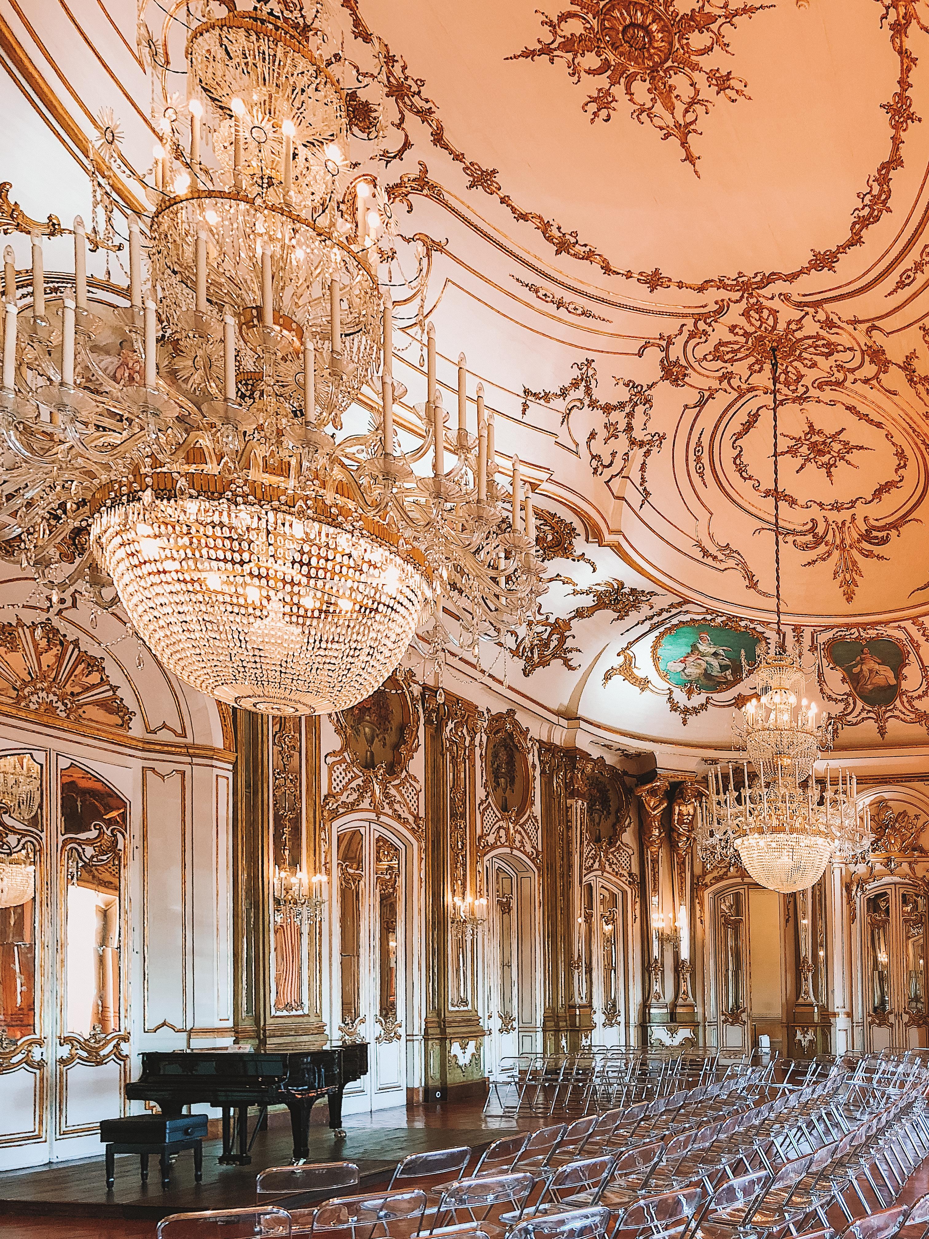 Muslim-travel-guide-Sintra-Portugal-Palace-of-Queluz-ballroom