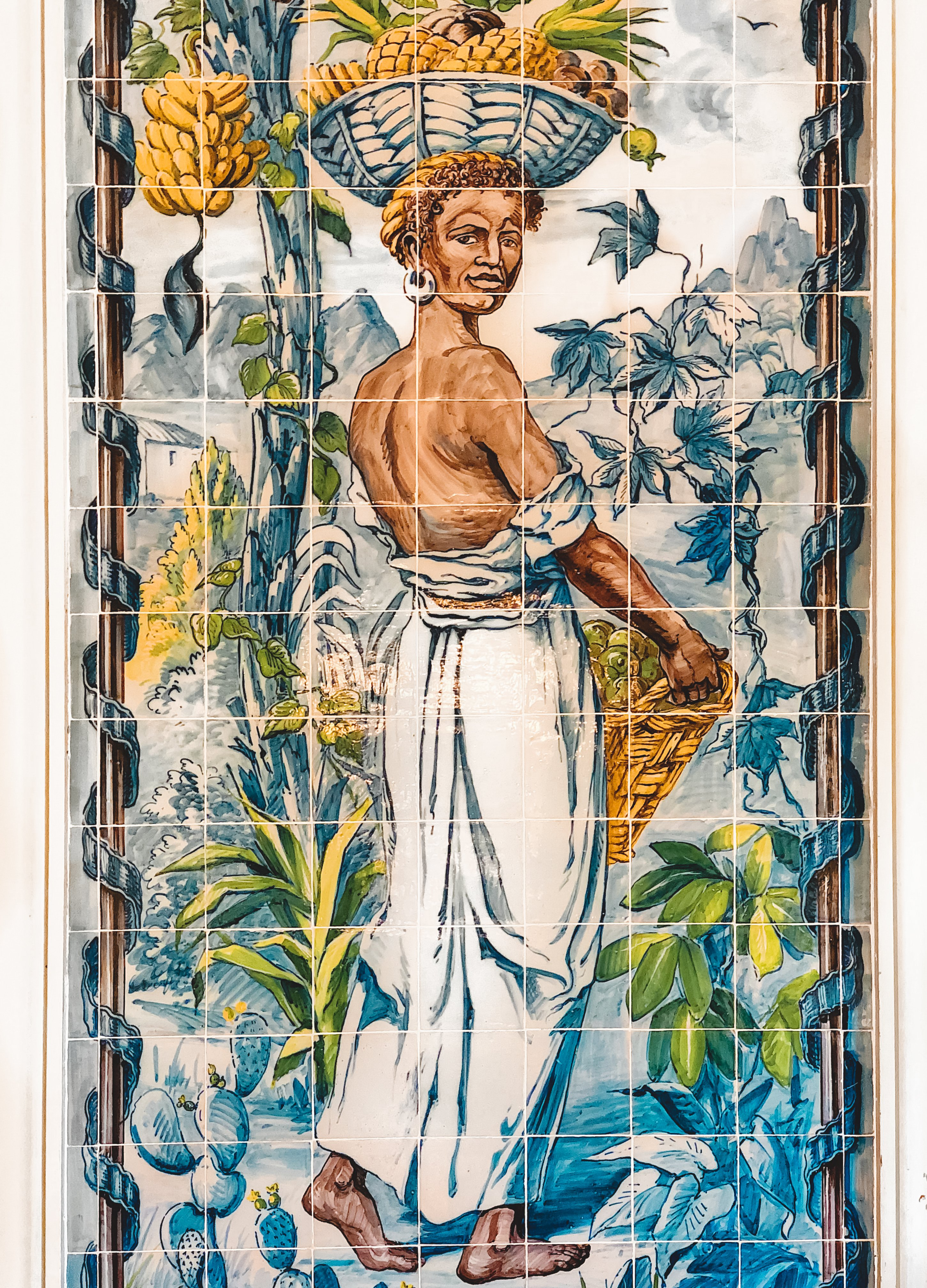 Muslim-travel-guide-Sintra-Portugal-Palace-of-Queluz-tiles