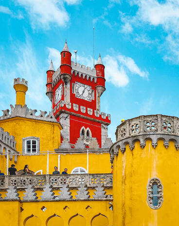 Muslim-travel-guide-Sintra-Portugal-Pena-Palace-clock-tower