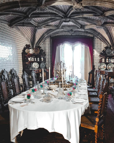 Muslim-travel-guide-Sintra-Portugal-Pena-Palace-dining-room