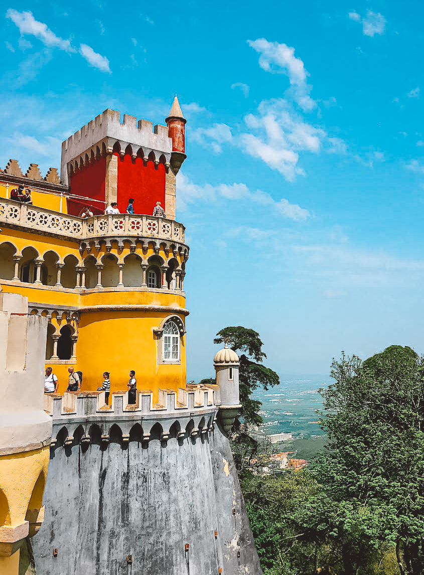Muslim-travel-guide-Sintra-Portugal-Pena-Palace-tower