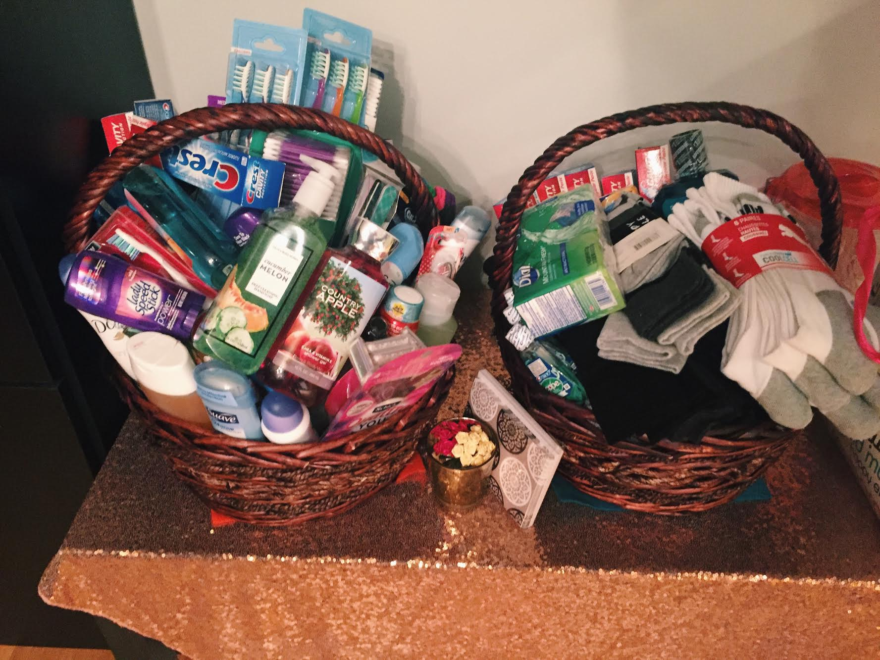 Eid-baskets-for-charity.jpg