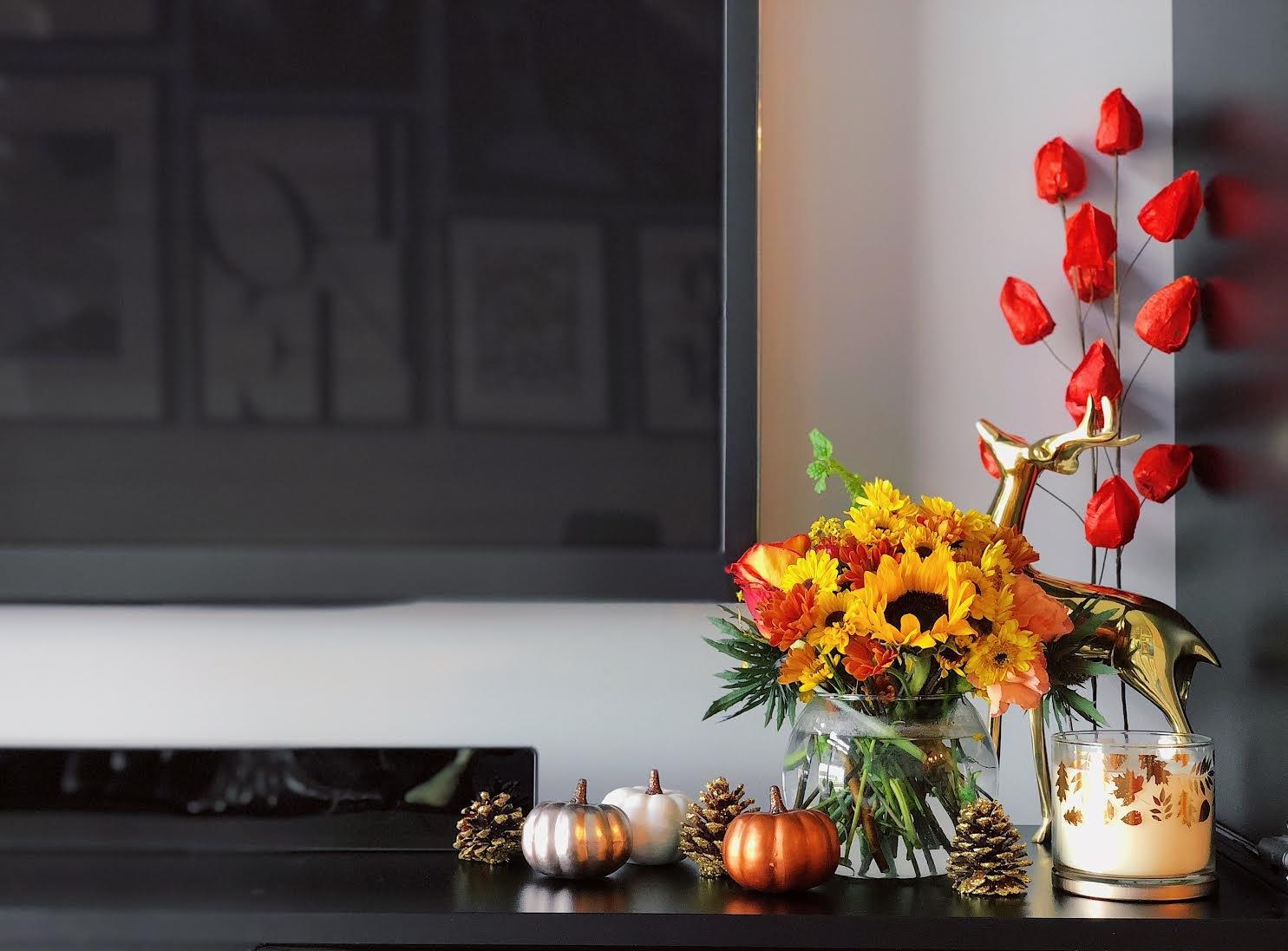 Muslim-home-decor-inspiration-modern-fall-mantle