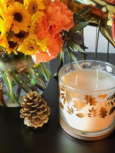 Muslim-home-design-modern-fall-decor-candle