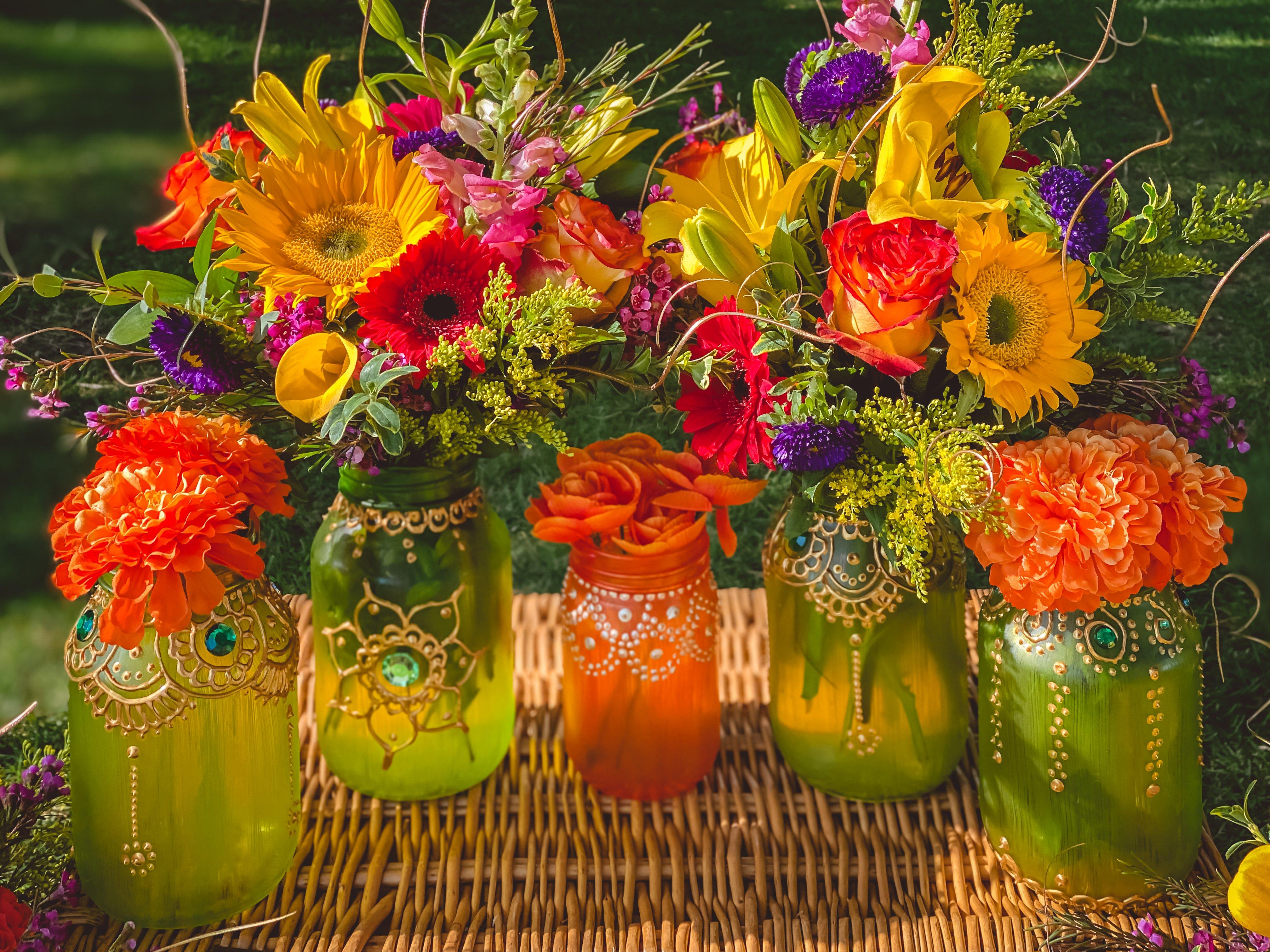 Eid-picnic-decor-flower-centerpieces