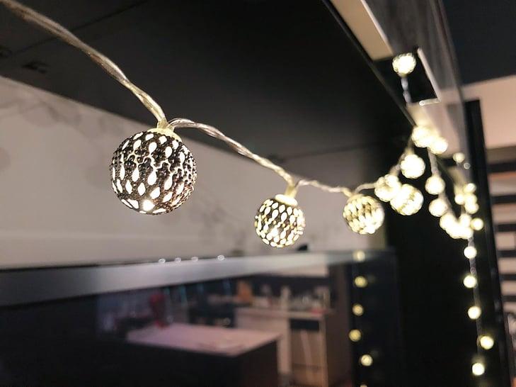 Ramadan-decorating-ideas-hanging-lights