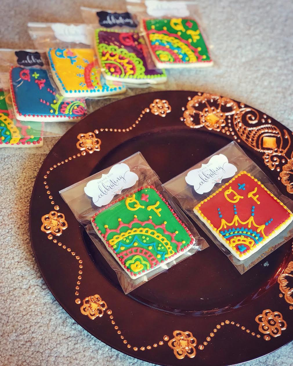 how-to-decorate-mehndi-henna-cookies-tutorial