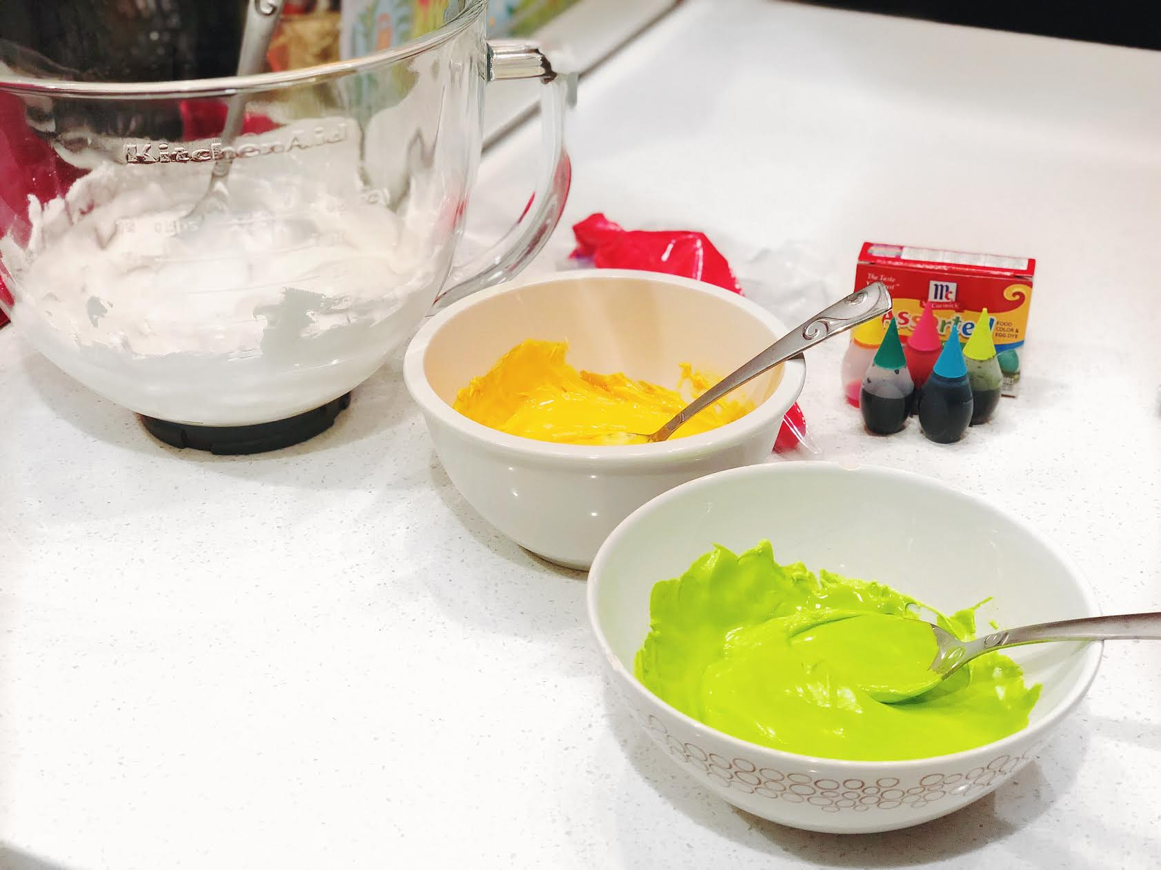 how-to-make-mehndi-cookies-icing-colors