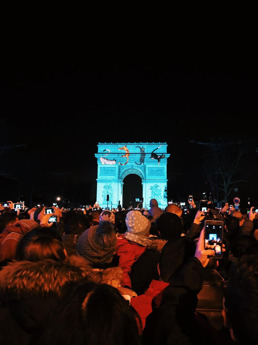 Muslim-travel-tips-New-Years-Eve-Arc-de-Triomphe-light-show.jpg